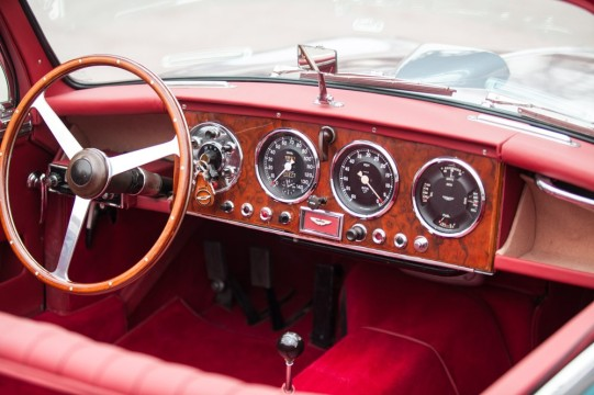 Aston Martin DB2 1950 0a